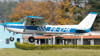 PR-EMK - Cessna A152 Aerobat - Sierra Bravo Aviation Escola de Aviação