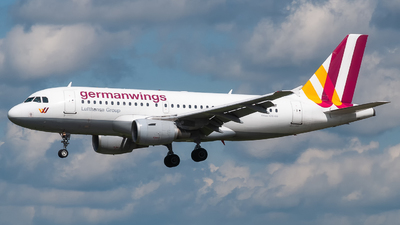 D-AKNF - Airbus A319-112 - Eurowings