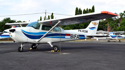 PK-ROM - Cessna 172P Skyhawk - Bali International Flight Academy
