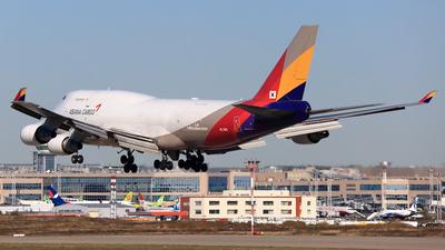 HL7413 | Boeing 747-48E(BDSF) | Asiana Cargo | Sebastian ...