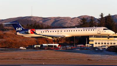 A picture of EIFPX - Mitsubishi CRJ900LR - SAS - © R.Rimestad