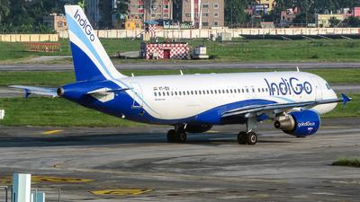 VT-IDV - Airbus A320-214 - IndiGo Airlines