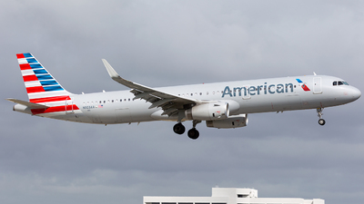 N903AA - Airbus A321-231 - American Airlines