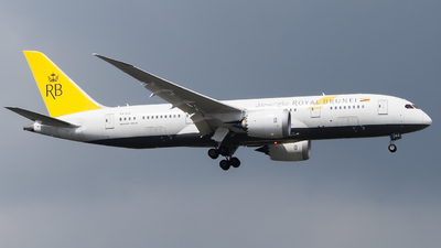 A picture of V8DLE - Boeing 7878 Dreamliner - Royal Brunei Airlines - © Lim Kai Yang