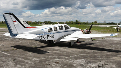 OK-PHR - Beechcraft 58P Baron - Private