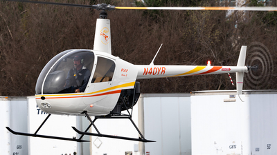 N40YR - Robinson R22 Beta II - Private
