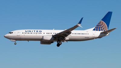 N24224 - Boeing 737-824 - United Airlines