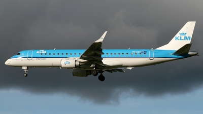 PH-EZT - Embraer 190-100STD - KLM Cityhopper