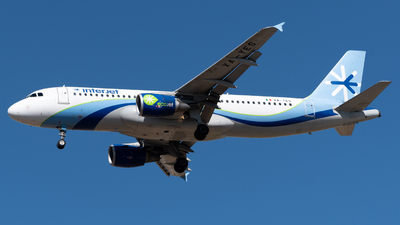 A picture of XAYES - Airbus A320214 - [4933] - © Roberto Tirado