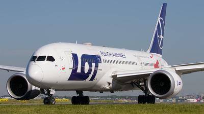 A picture of SPLRH - Boeing 7878 Dreamliner - LOT - © Emil Zegnalek