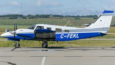 C-FEKL - Piper PA-34-220T Seneca III - Mount Royal University