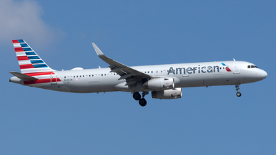 A picture of N149AN - Airbus A321231 - American Airlines - © Yixin Chen