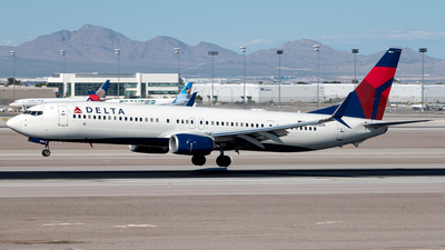 A picture of N880DN - Boeing 737932(ER) - Delta Air Lines - © Yan777