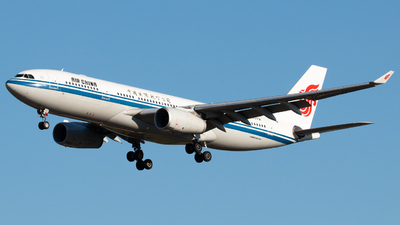B-6072 - Airbus A330-243 - Air China