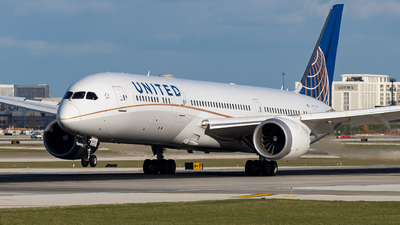 A picture of N19951 - Boeing 7879 Dreamliner - United Airlines - © Haocheng Fang