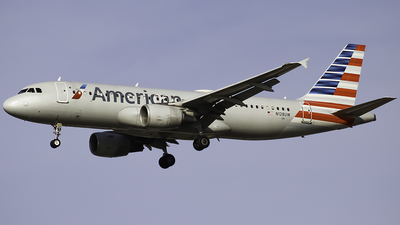 A picture of N128UW - Airbus A320214 - American Airlines - © Zachary Bogart