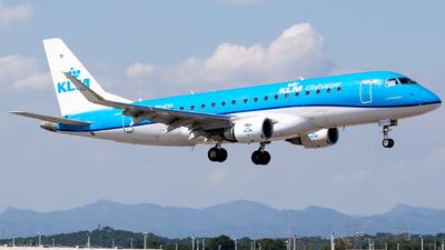 A picture of PHEXU - Embraer E175STD - KLM - © Fabrizio Spicuglia