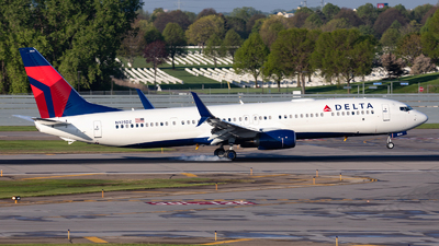 N925DZ - Boeing 737-932ER - Delta Air Lines