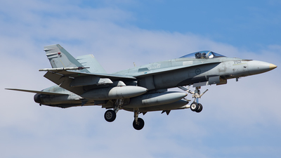 188752 - McDonnell Douglas CF-188 Hornet - Canada - Royal Air Force
