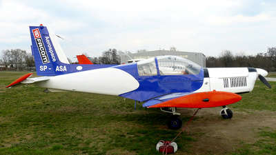 SP-ASA - Zlin 142 - Private