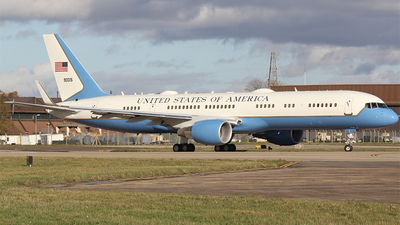 09-0015 - Boeing C-32A - United States - US Air Force (USAF)