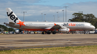 A picture of VHVWW - Airbus A321231 - Jetstar Airways - © YSSYplanespotter