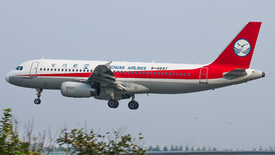 B-6697 - Airbus A320-232 - Sichuan Airlines