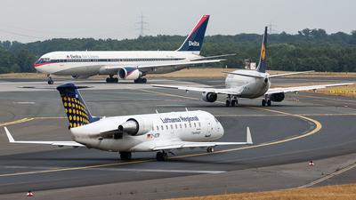 D-ACRI - Bombardier CRJ-200ER - Lufthansa Regional (Eurowings)