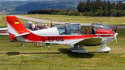 D-EPGS - Robin DR400/180R Remorqueur - Private