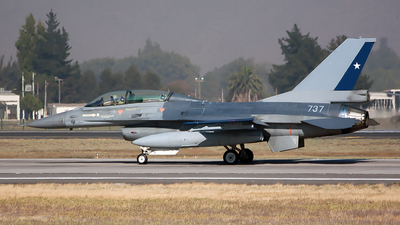 737 - General Dynamics F-16BM Fighting Falcon - Chile - Air Force