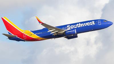 A picture of N8568Z - Boeing 7378H4 - Southwest Airlines - © Marcos Perez Sanchez