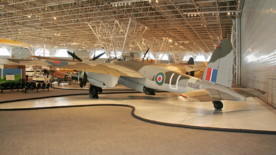 KB336 - De Havilland Mosquito B Mk.XX - Canada - Royal Air Force
