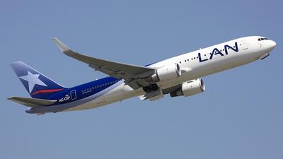 HC-CIZ - Boeing 767-316(ER) - LAN Ecuador