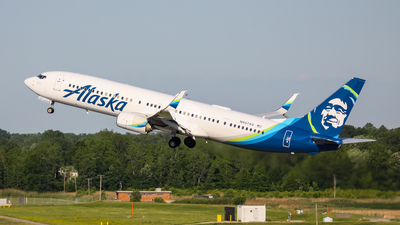 A picture of N457AS - Boeing 737990(ER) - Alaska Airlines - © Adam Borbely
