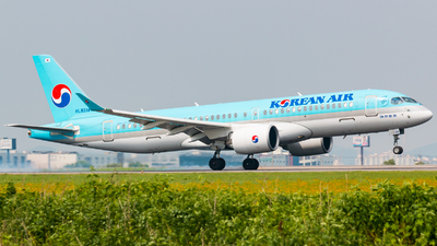 A picture of HL8314 - Airbus A220300 - Korean Air - © JIN HL7743