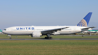 A picture of N57016 - Boeing 777224(ER) - United Airlines - © PAUL QUINN