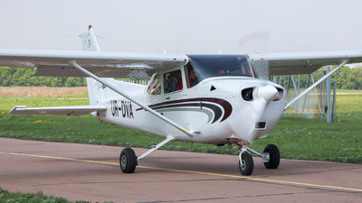 UR-DVA - Cessna 172S Skyhawk SP - Private