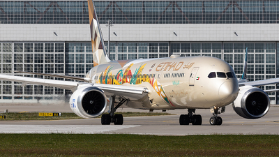 A picture of A6BLT - Boeing 7879 Dreamliner - Etihad Airways - © Marco Wolf