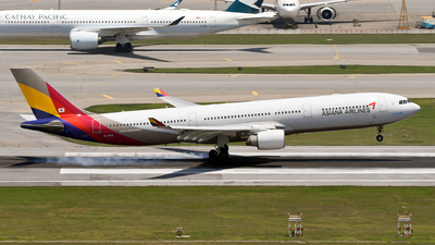 A picture of HL7794 - Airbus A330323 - Asiana Airlines - © eyey328