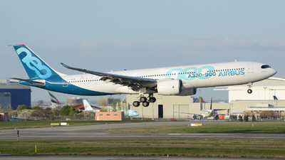 F-WTTE - Airbus A330-941 - Airbus Industrie