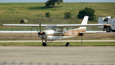 N6133K - Cessna 150M - Private