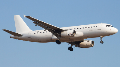 LY-ELK - Airbus A320-232 - GetJet Airlines