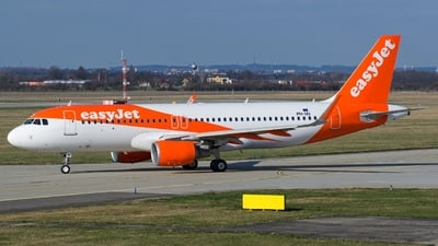 PH-IAI - Airbus A320-214 - easyJet Europe