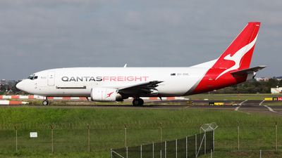A picture of VHXML - Boeing 737376(SF) - Qantas - © Morris Biondi