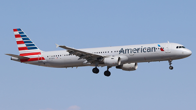 N174US - Airbus A321-211 - American Airlines