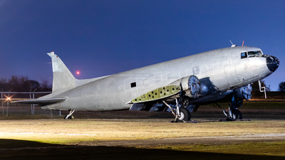 N941AT - Douglas DC-3C - Private
