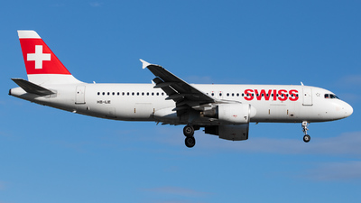 A picture of HBIJE - Airbus A320214 - Swiss - © kevin.hackert