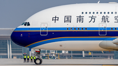 B-6136 - Airbus A380-841 - China Southern Airlines