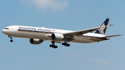 A picture of 9VSWR - Boeing 777312(ER) - Singapore Airlines - © WangJL