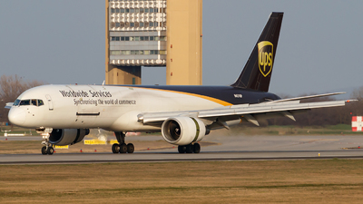 A picture of N431UP - Boeing 75724APF - UPS Airlines - © Schmidt Attila
